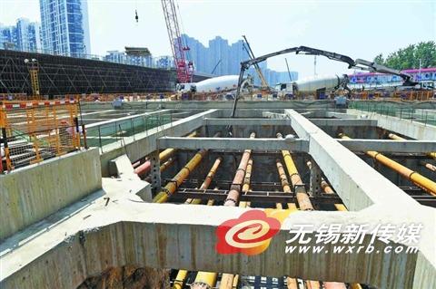 无锡高浪路主线预留隧道25.9米基坑月中封顶