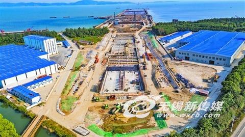 无锡太湖隧道施工破开十里明珠堤打通水陆连接